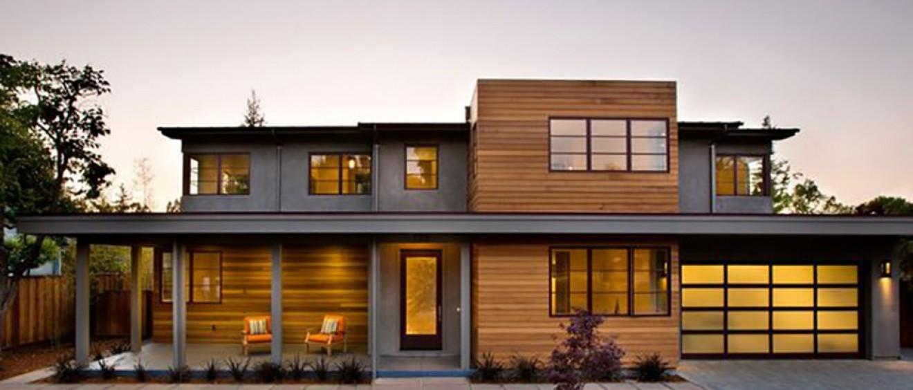 Knotty cedar siding vs clear cedar siding weststandard for Modern homes vs traditional homes